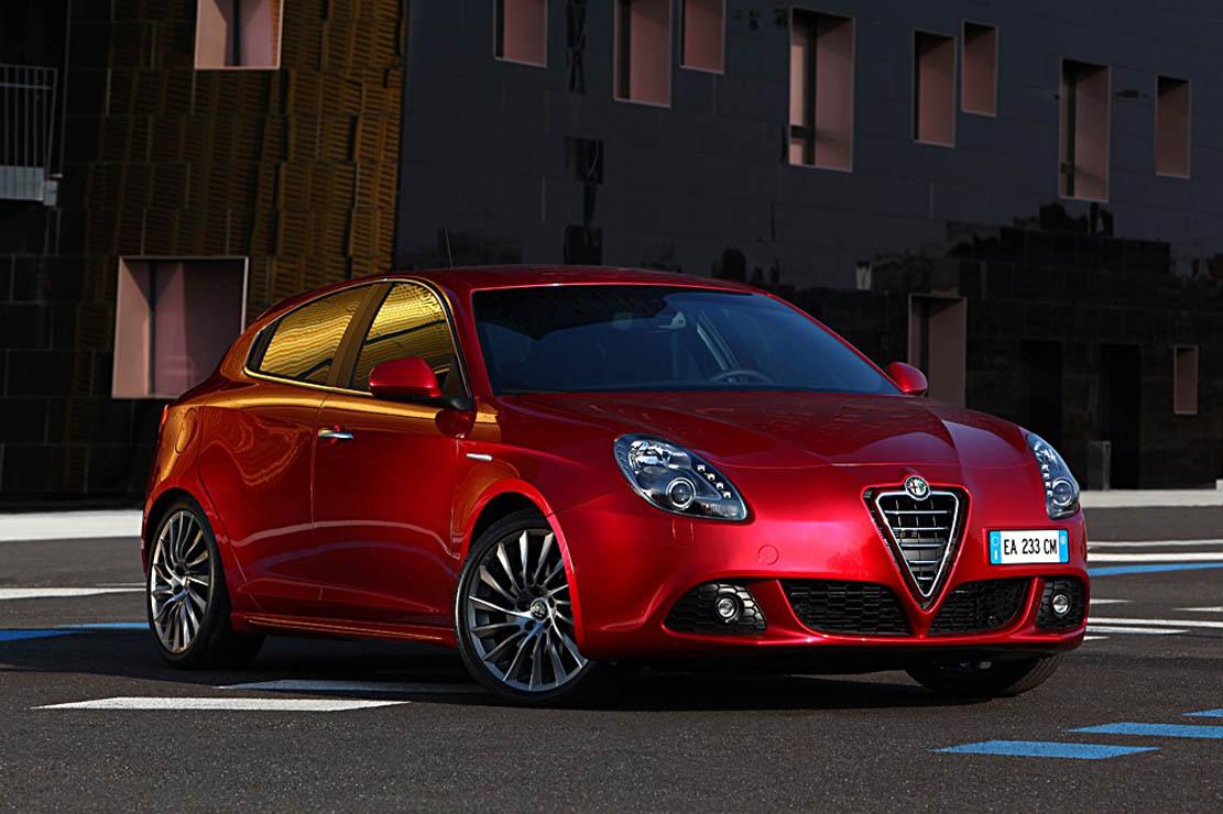 Louez l'Alfa Romeo Giulietta chez Lerat Location