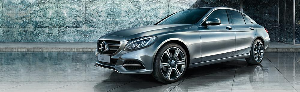 Louez la nouvelle Mercedes Classe C chez Lerat Location.