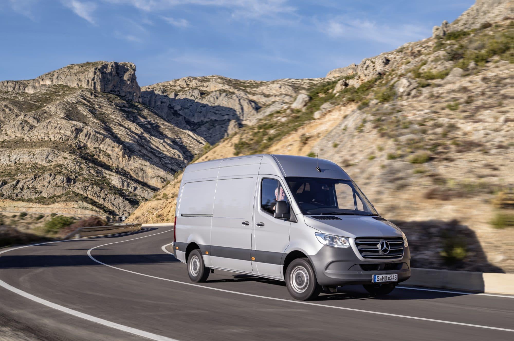Le nouveau fourgon utilitaire de Mercedes: le Sprinter