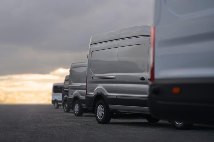 Des camions utilitaires